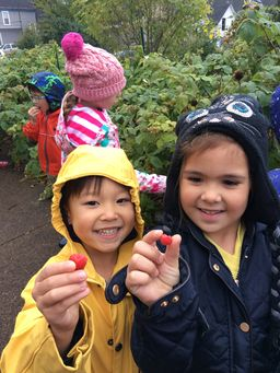 Lower School Visits 5 Loaves Farm